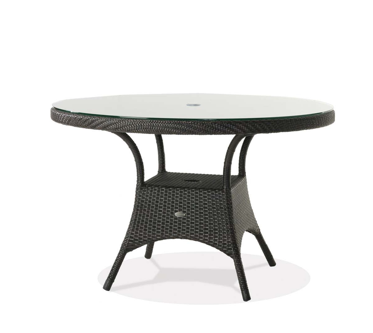A round wicker palm harbor dining table