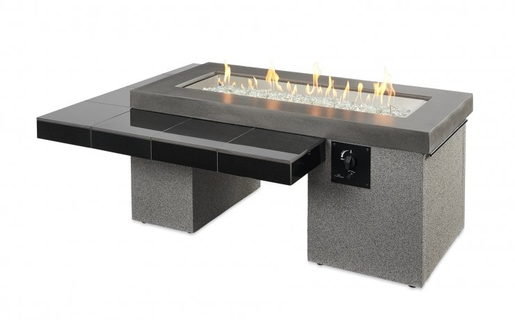 The Uptown gas fire table with flames on.
