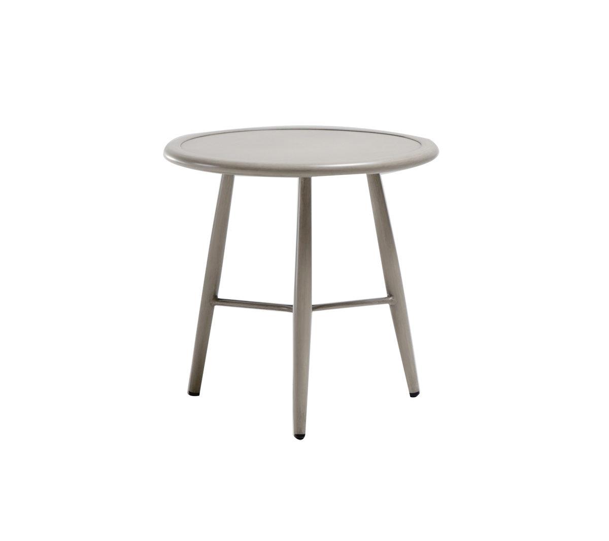 The Polanco end table by ratana.